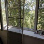 Москитная сетка на балконную дверь фото